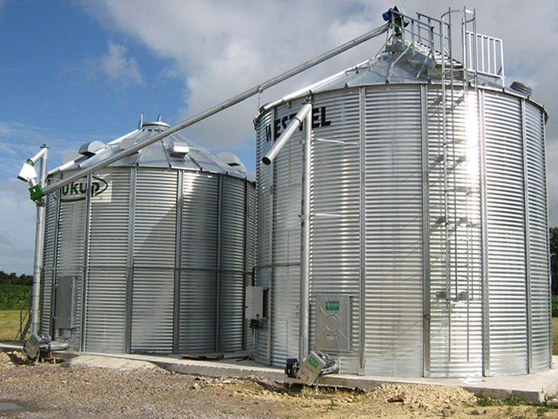 une cellule sécheuse avec vis de transfert pour le silo à grains de stockage agriconsult