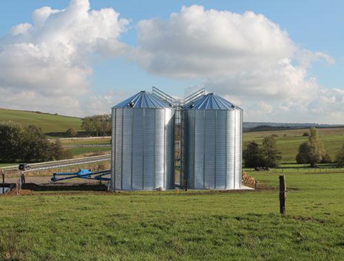 vis-a-grain-sur-chariot-brandt-gros-debit-stockage-cereales-cellules-exterieures-fond-plat-SUCRE-54