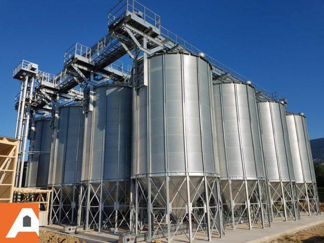 3 rangées de silos à fond conique agriconsult